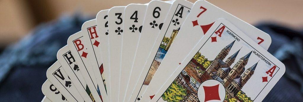 لمحة عن لعبة البلوت