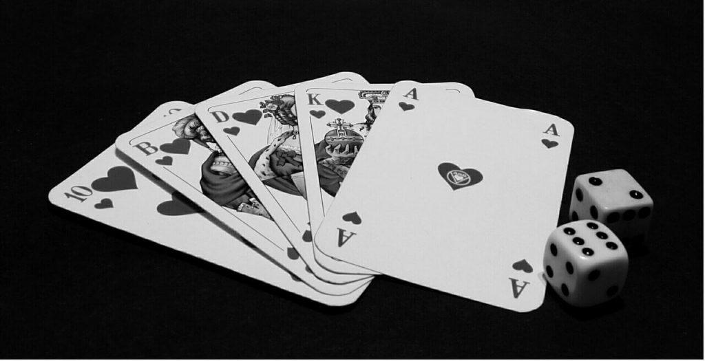 الفوز من لعبة البوكر على الانترنت